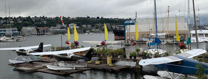 Seattle Seaplanes is one of Anthony Bourdain: The Layover.