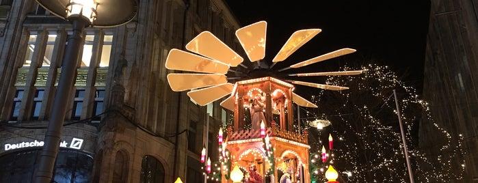 Weihnachtsmarkt Gerhart-Hauptmann-Platz is one of Allemagne ♥︎.