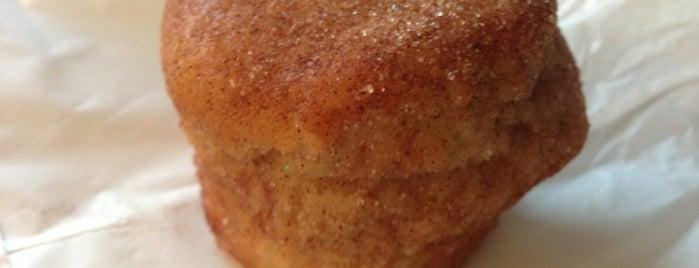 Creme De La Cookie is one of Lugares favoritos de Tess.