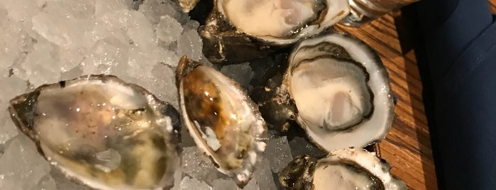 Taylor Shellfish Oyster Bar is one of Seattle, WA.