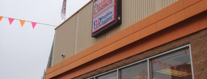 Dunkin' / Baskin-Robbins is one of Lugares favoritos de Autumn.