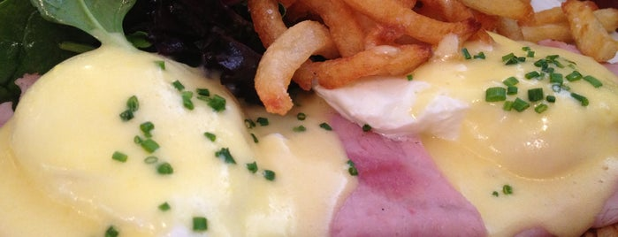 Le Parisien is one of Brunchtastic in NYC.