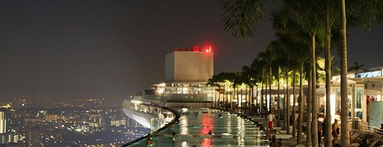 Rooftop Infinity Pool is one of Singapore: business while travelling.