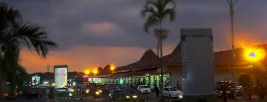 Bandar Udara Internasional Jenderal Ahmad Yani (SRG) is one of Part 1~International Airports....