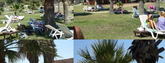 Aspat Beach Hotel, Bodrum Peninsula, Turkey is one of Orte, die sibel bakırcı özkoçan gefallen.