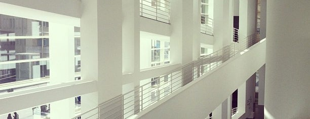 Museu d'Art Contemporani de Barcelona (MACBA) is one of Hell yes! Barcelona.