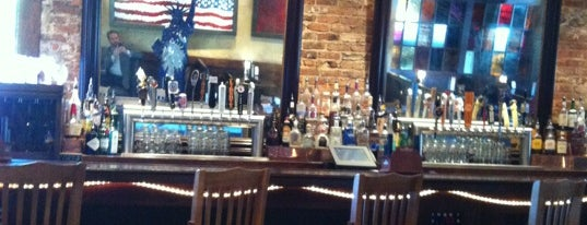 Liberty Tap Room & Grill is one of Lugares favoritos de Anthony.