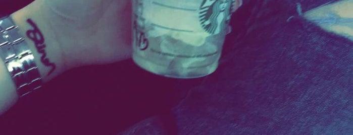Starbucks is one of Posti che sono piaciuti a Ricardo.