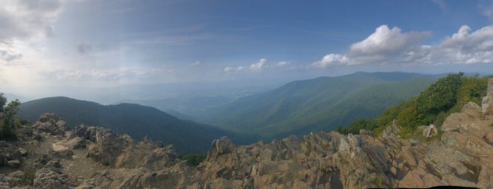 Hawksbill Summit is one of National Parks.