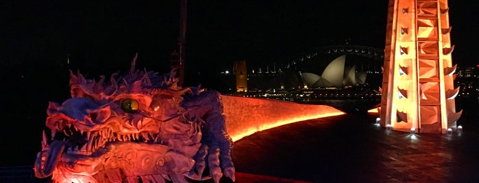 Handa Opera On Sydney Harbour is one of Locais curtidos por T..