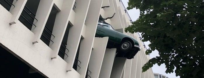 Parking Victor Hugo is one of IG Bdx.