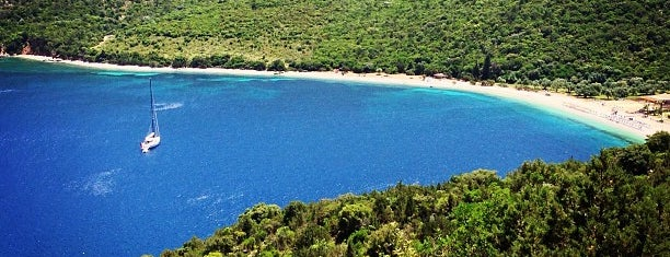 Antisamos Beach is one of Kefalonia.