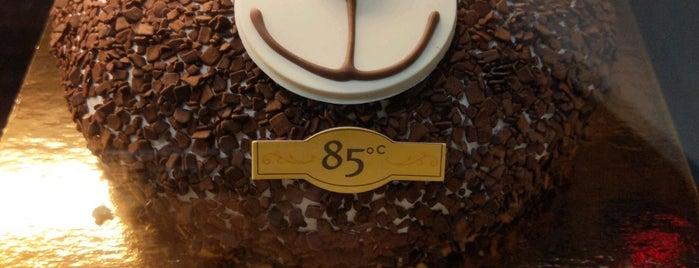 85C Bakery Cafe is one of Tempat yang Disukai Jingyuan.