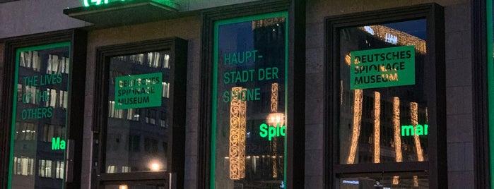Deutsches Spionagemuseum is one of สถานที่ที่ Maxim ถูกใจ.