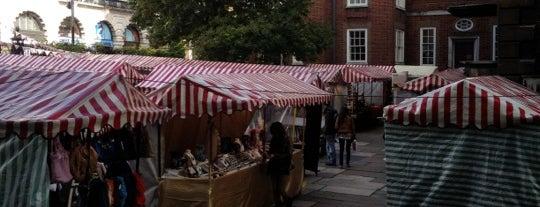 Piccadilly Market is one of 런던의 마켓,빈티지,벼룩시장.
