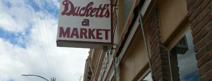 Duckett's Market is one of christopherさんのお気に入りスポット.