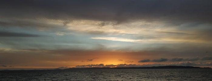 Playa El Morro is one of Lugares favoritos de Oliver.