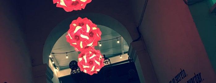 Idilio Café is one of Lugares favoritos de R.