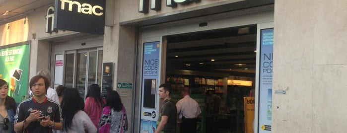 Fnac is one of Locais curtidos por Rita.