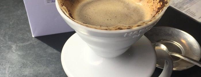 Coffee Lab is one of Orte, die Rafa gefallen.