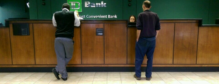 TD Bank is one of Lugares favoritos de Ivy.