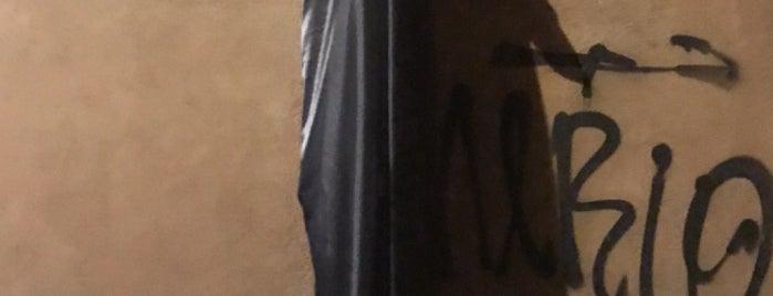Trastevere is one of Jenn 🌺'ın Beğendiği Mekanlar.