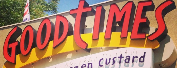 Good Times Burgers & Frozen Custard is one of Orte, die Kristen gefallen.