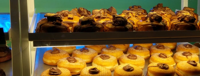 Doughnut Time is one of Desserts in London.