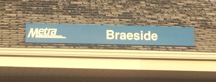 Metra - Braeside is one of Seanさんのお気に入りスポット.