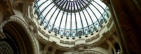 Galería Güemes is one of Miradores de Buenos Aires.