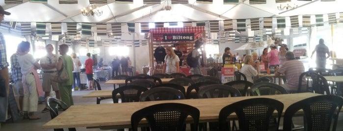 Root 44 Audacia Market is one of Posti che sono piaciuti a Ola.