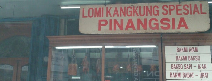 Lomie Pinangsia is one of A2.
