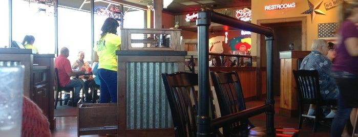 RibCrib BBQ & Grill is one of Lugares favoritos de Kyle.