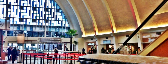 Louis Armstrong New Orleans International Airport (MSY) is one of Tempat yang Disukai Gisele.