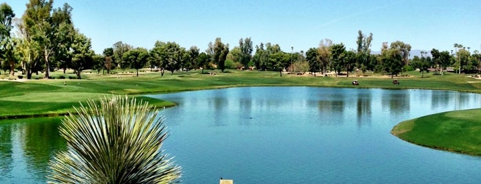 Camelback Golf Club is one of Dominicさんのお気に入りスポット.