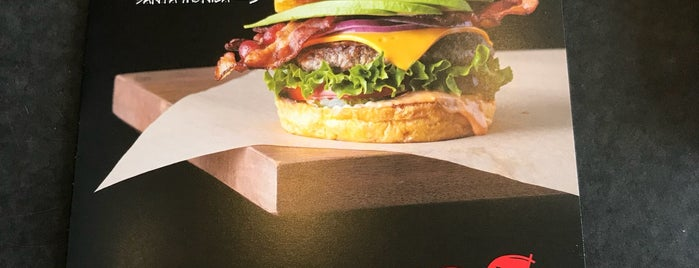 Burger City Grill is one of Davidさんのお気に入りスポット.