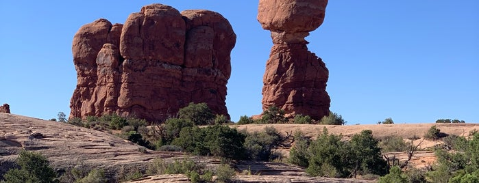 Balanced Rock is one of Tempat yang Disimpan Edmund.