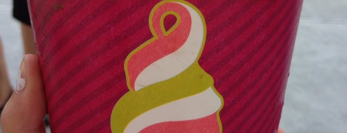Menchie's Frozen Yogurt is one of Dessert-To-Do List.