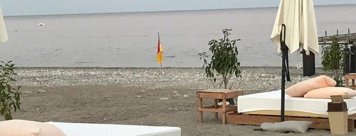 Kiriş Beach is one of Yunia : понравившиеся места.