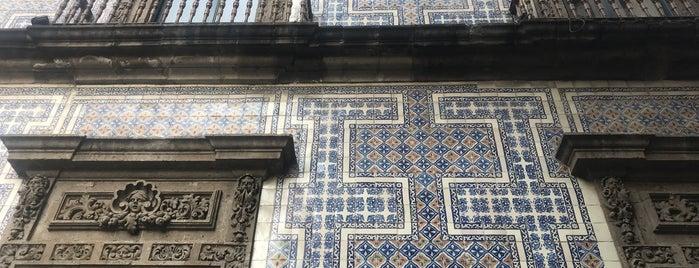 Bar Casa De Los Azulejos is one of Siobhán'ın Beğendiği Mekanlar.