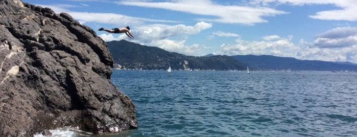 Spiaggia di Santa Margherita Ligure is one of Posti che sono piaciuti a Elaine.