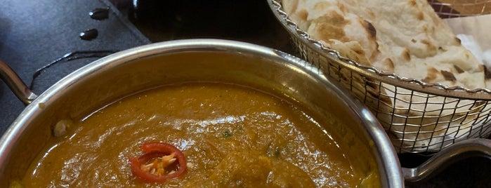 Samosa & Company Indian Food is one of M. : понравившиеся места.