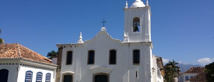 Igreja Matriz de Nossa Senhora dos Remédios is one of Top 10 dinner spots in Praia Grande.