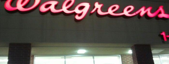 Walgreens is one of Lugares favoritos de M.