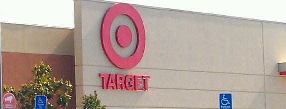 Target is one of Lieux qui ont plu à Joey.