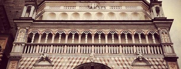 Piazza Duomo is one of Sandybelle : понравившиеся места.