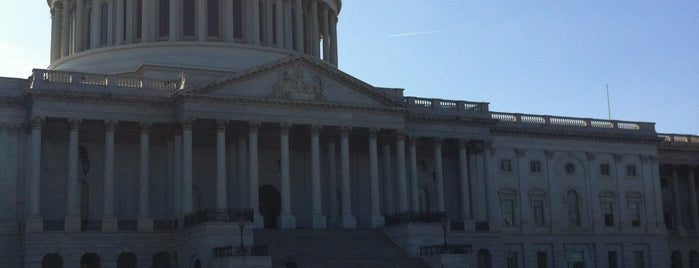 United States Capitol is one of Visiting DC as a Paulistano.