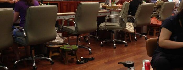 genesis nail salon is one of 💋_Gone_with_the_wind_fabulous_💋'ın Beğendiği Mekanlar.