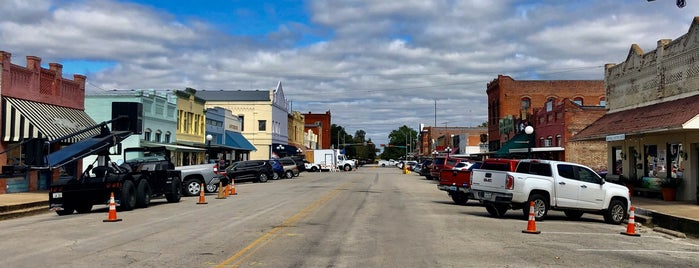 Smithville, TX is one of Tellie's Liked Places.