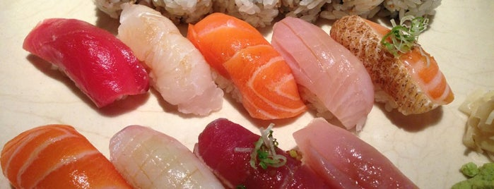 Sushi Yasaka is one of Manhattan food.